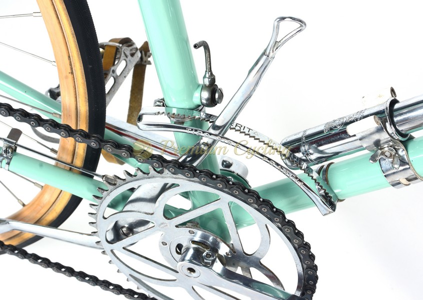 Bianchi Saetta 1930s, Vittoria Margheritta gears, wodden rims, Eroica bike
