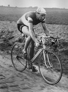 Fausto Coppi (Bianchi Team) Paris Rouabix 1950
