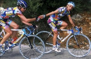 C.Evans on Colnago Dream Mapei and P.Bettini on Colnago C40 Mapei