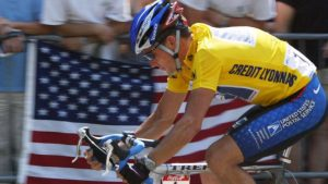 Lance Armstrong on his TREK 5900 at the Tour 2002