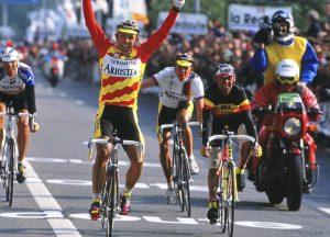 M.Argentin (Ariostea Team) winning Liege-Bastogne-Liege 1991 on Colnago Carbitubo