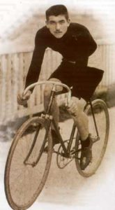 Maurice Garin won 1st edition of the Tour de France on La Francaise Diamant bike